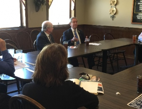 Rep. Joe Wilson Participates in a Restaurant RoundTable